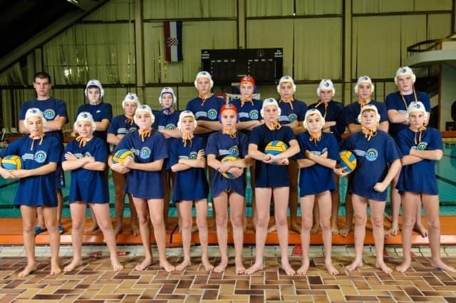 grupne-vaterpolo-klub-mornar-brodospas-30