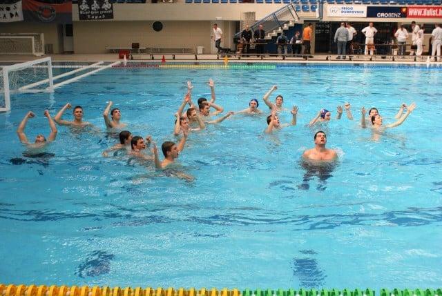 zlatni-mladi- juniori-dubrovnik-2010-vaterpolo-klub-mornar-brodospas-14