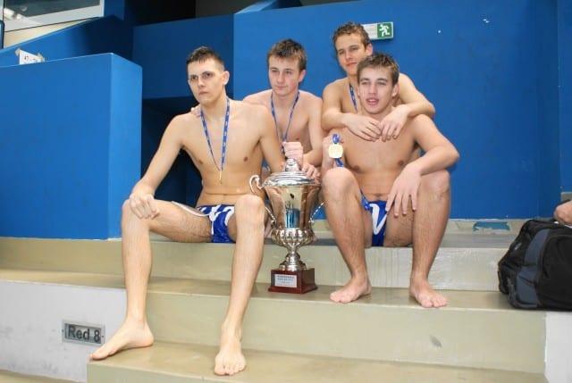 zlatni-mladi- juniori-dubrovnik-2010-vaterpolo-klub-mornar-brodospas-35