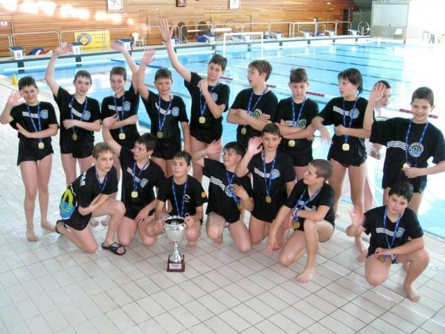 zlatni-nade- rijeka-2011-vaterpolo-klub-mornar-brodospas-2