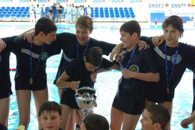 zlatni-nade- rijeka-2011-vaterpolo-klub-mornar-brodospas-29
