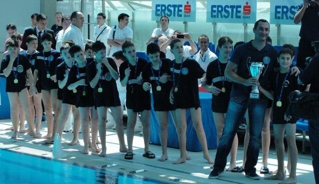 zlatni-nade- rijeka-2011-vaterpolo-klub-mornar-brodospas-9